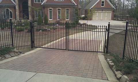 Automatic Gate Opener Installation Fencing Viking